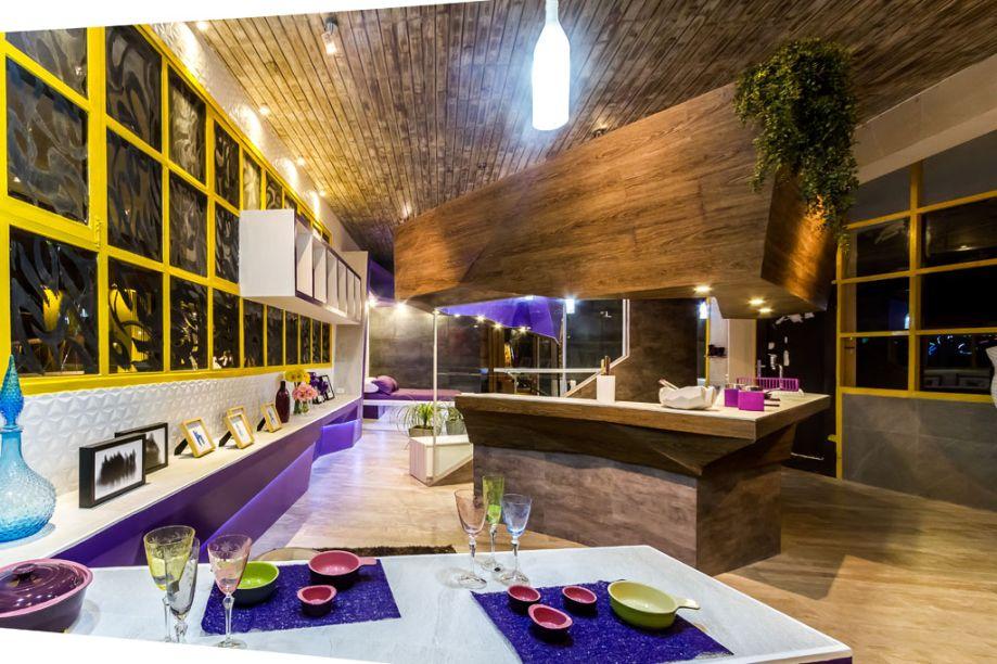Casa Cor Bolívia 2015: Loft da Mulher Solteira por Marcelo Parejas e Carlos Alberto Parejas - No loft, o closet dá lugar a uma sala de pintura. Os diferentes tipos de revestimentos do espaço foram fornecidos pela Tumpa