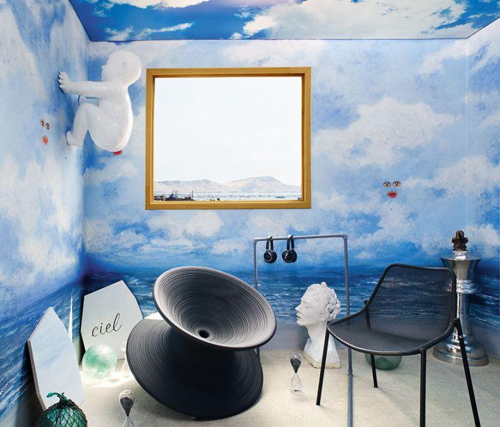 Terraços - Margarita Bravamente V. A designer de interiores tinha em mente um espaço interativo, tecnológico e mágico. Para chegar a esse resultado, transformou as paredes em paisagem e apostou no uso surrealista de objetos e obras de arte.