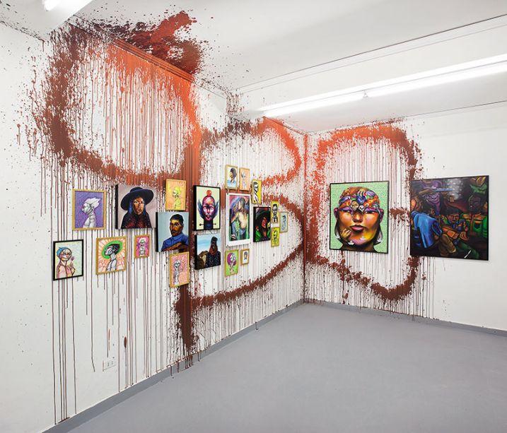 Galeria de arte urbana - Entes y Pésimo. Os artistas do grafite apresentam neste espaço um programa permanente de exposições, projetos e eventos que articulam a cultura urbana em várias expressões.