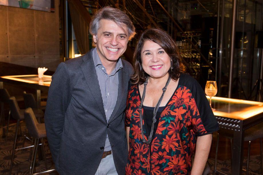 Alex Stevens e Rita Tristão