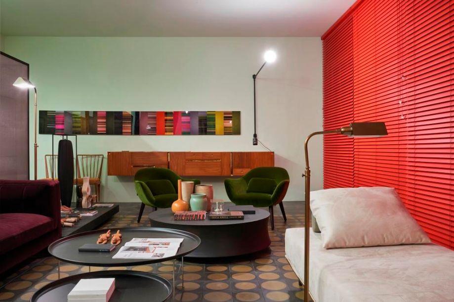 <span>CASACOR MG 2015. Sala Central - Pedro lázaro. A nossa cultura é uma das mais miscigenadas do mundo, ela abraça a diversidade e foi esse aspecto que se destacou no ambiente através da valorização do design nacional.</span>