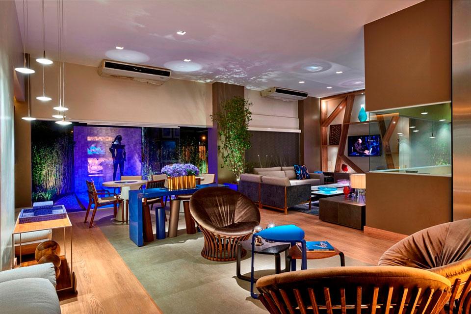 Bilheteria/Lounge de 150 m². Beta Pollis e Roberto Pollis - CASACOR Brasília 2014