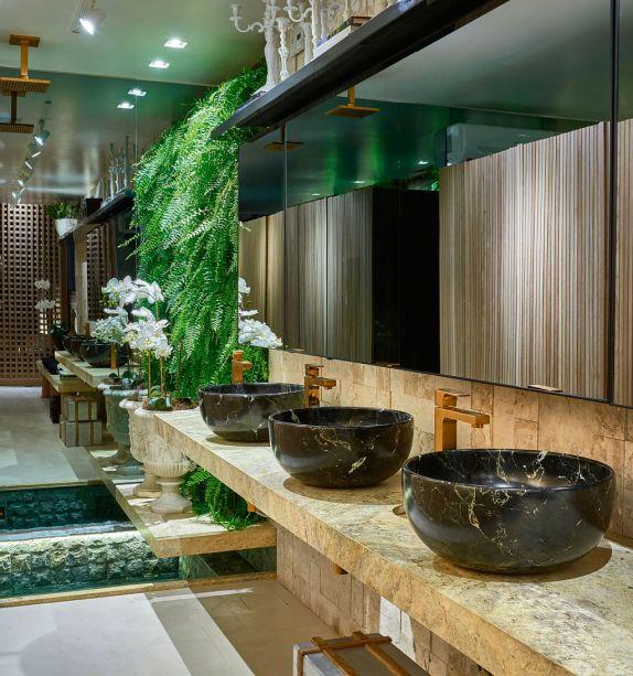 CASACOR Goiás 2017 - Banheiro Sensorial por Fabíola Fleury Naoum e Wilker Godoi