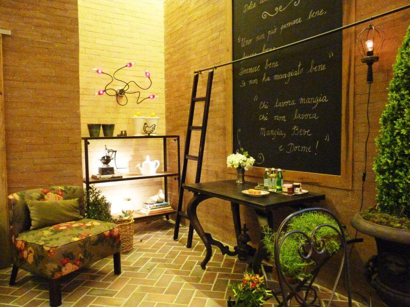 Adriana Giacometti – ambiente: Cozinha Verona e Livraria.