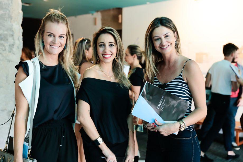 <span>Ana Colnaghi, Karina Capaverde e Cristina da Luz</span>