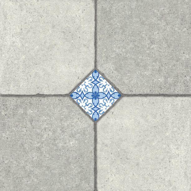 A peça de cerâmica Cimento Português, da ViaÁpia, é indicada para dependências residenciais, locais públicos com tráfego moderado e áreas internas de uso comercial. Elas estão disponíveis nos tamanho 57 x 57 cm.