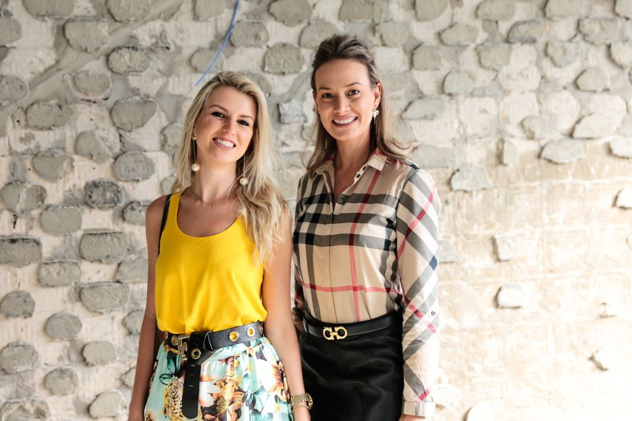 <span>Luciene Decanal e Amanda Krelling</span>