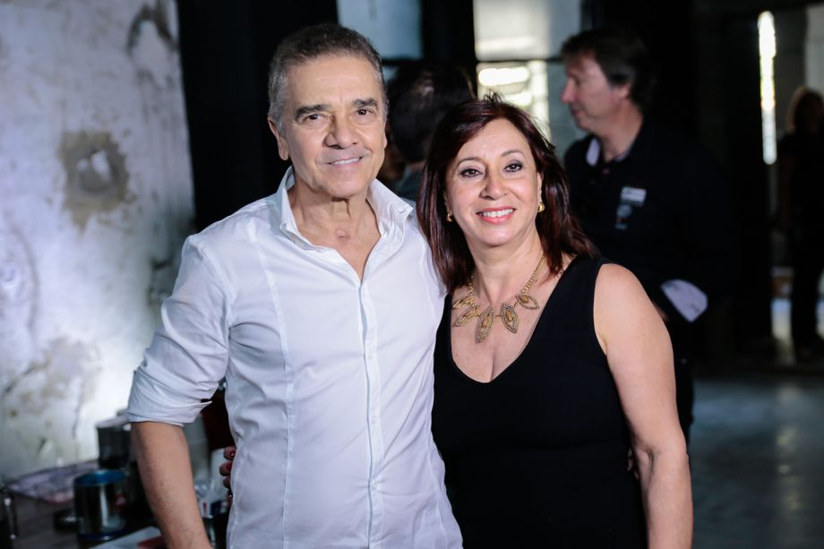 <span>Valdecir Santos e Vera Capaverde</span>
