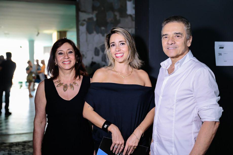 <span>Vera Capaverde, Karina Capaverde e Valdecir Santos</span>