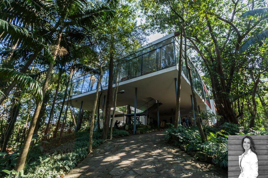 Patricia Anastassiadis, responsável pelo ambiente a Alma da Casa na CASACOR São Paulo, apontou a Casa de Vidro de Lina Bo Bardi comomarco arquitetônico da cidade. Aberta ao público desde 2006, a construçãotornou-se um ícone da arquitetura moderna brasileira e ponto de visitação obrigatório para arquitetos e amantes da arquitetura em geral. A casa foi o primeiro projeto construído da arquiteta ítalo-brasileira Lina Bo Bardi, em 1951.