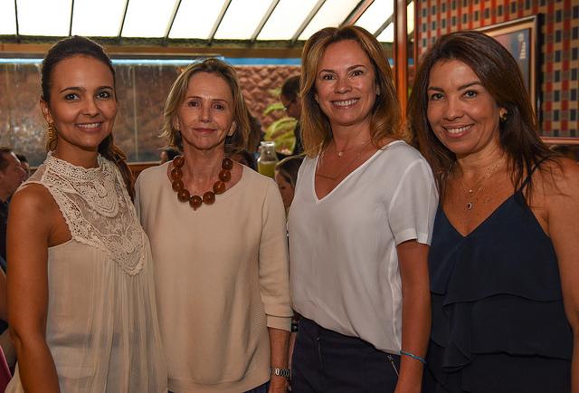 Adriana Mundim, Sheilá Podesta, Marisete Naves e Eliane Martins