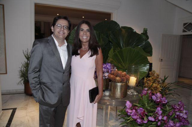 Cassio Veiga e Marcia Cardoso de Almeida