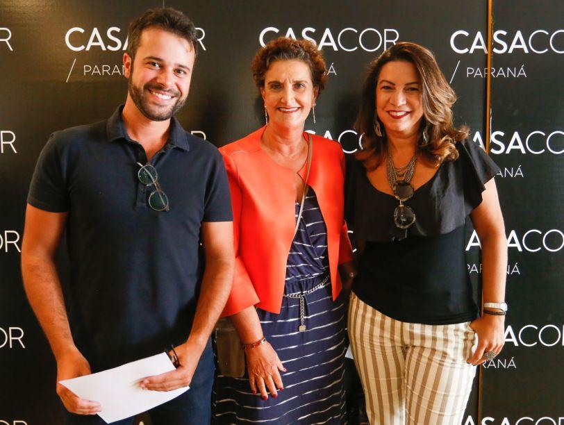 O arquiteto Filipe Bender, Marina Nessi e a arquiteta e jornalista Jeslayne Valente