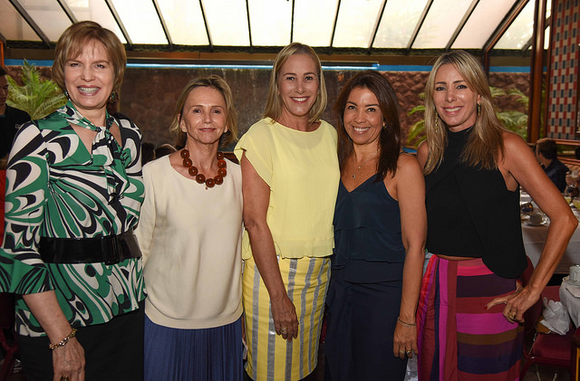 Wanira Godoi, Sheila Podestá, Carmen Mafra, Eliane Martins e Cristiane Mafra