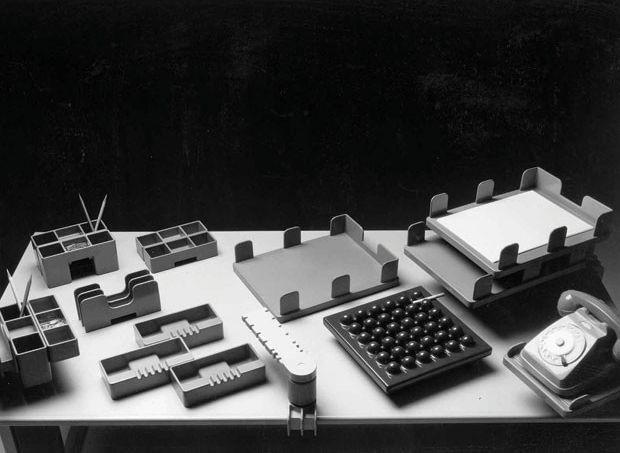 10-set-oggetti-da-scrivania-ok