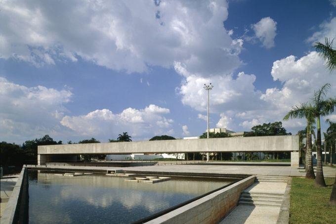 Fachada do museu projetado pelo arquiteto