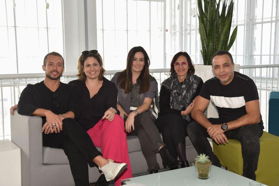 Gustavo Neves, Marília Pellegrini, Graziella Nicolai, Gisele Taranto e Carlos Rossi