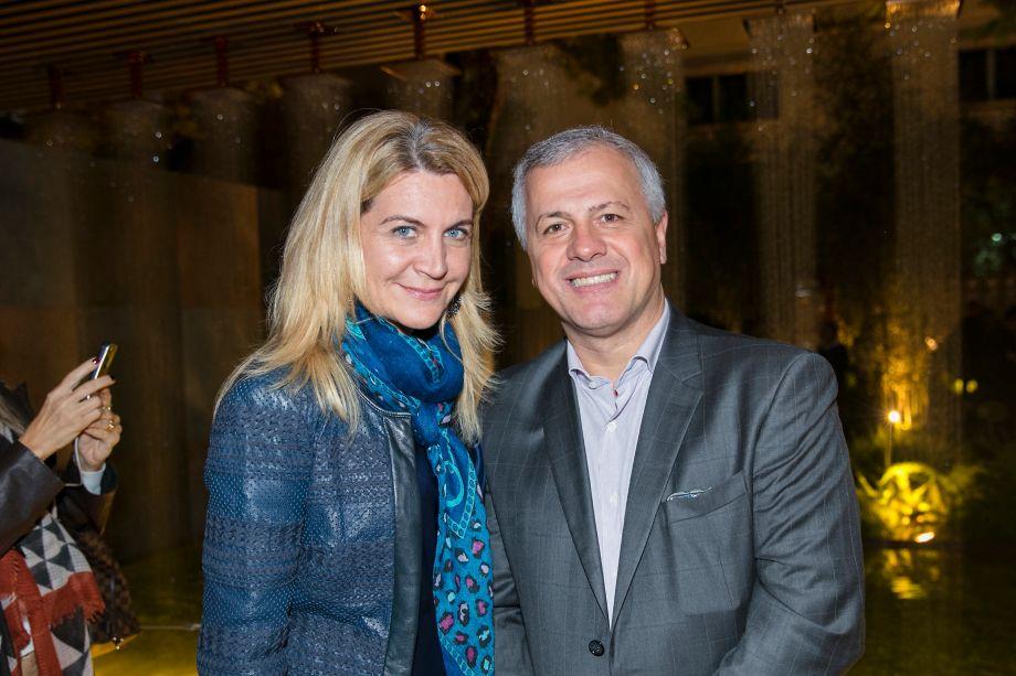 Andrea Pilar e João Saccaro