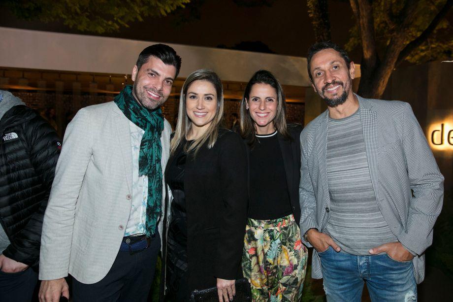 Henrique Freneda, Mayra Lopes, Laura Bela e Danilo Brandão