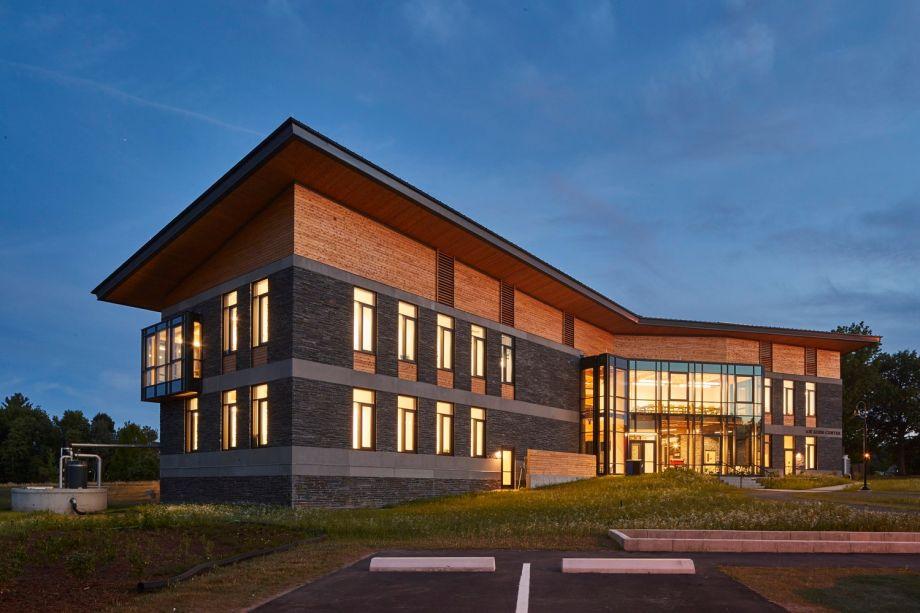 Centro R.W. Kern; Massachusetts