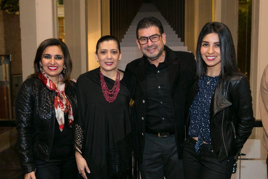Marian Nazrala, Graciela Anglarill, Luis Alberto Velasco e Marian Zambrana