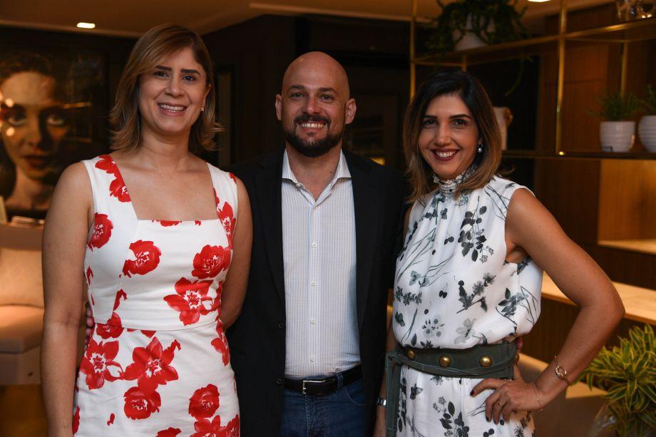 Verônica Vale, Thiago Galvão e Anna Paula Melo