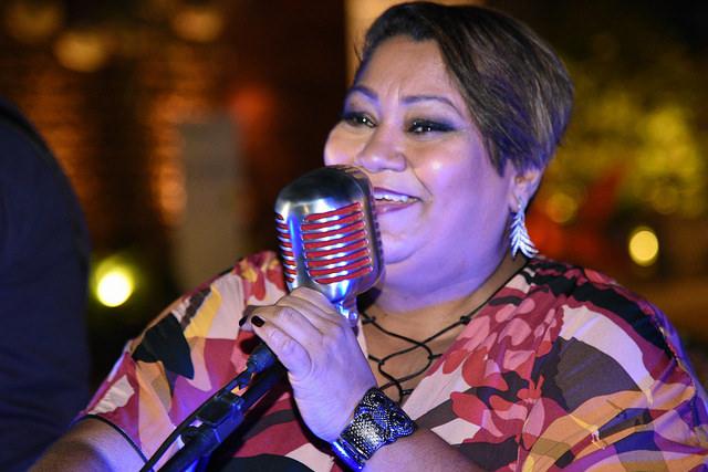 A cantora Carina Duarte