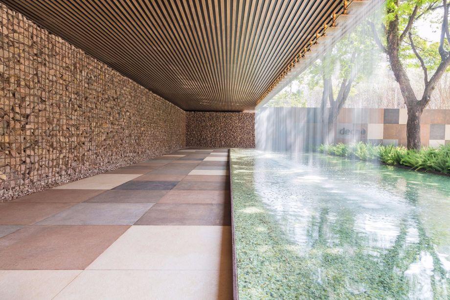 CASACOR São Paulo 2017 - Alex Hanazaki. O paisagista ressignificou os produtos Deca, criando obras de arte a partir de chuveiros, bacias, cubas e torneiras em um jardim de 1000 m².