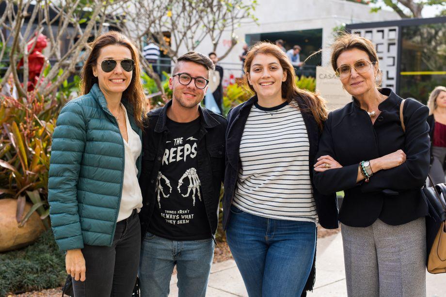 Cris Bava, Alex Alcantara, Fernanda Drumond e Cris Ferraz