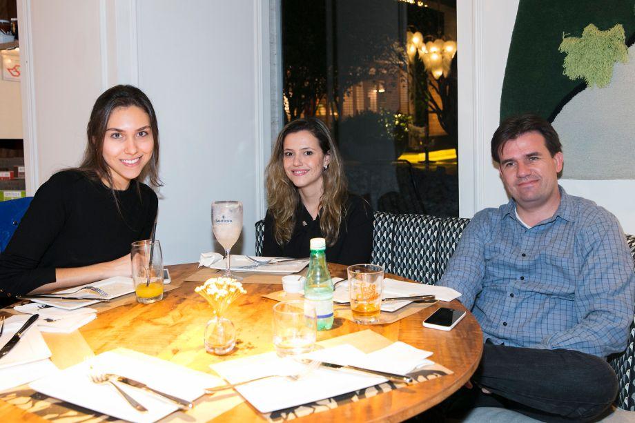 Natalia Parreira, Clariça Correa e Luis Migotto