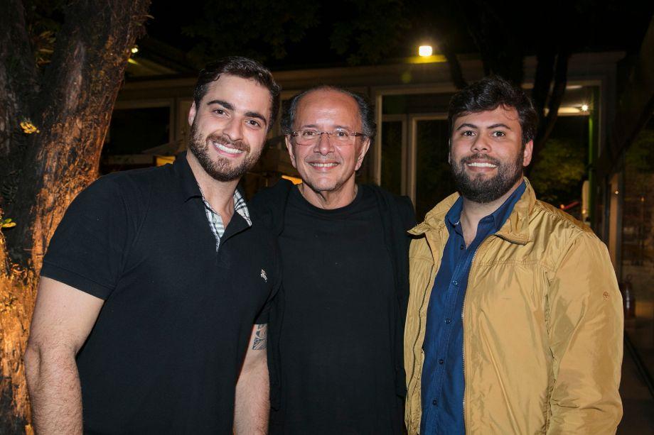 Alan Laperuta, David Bastos e Tadeu Oliveira