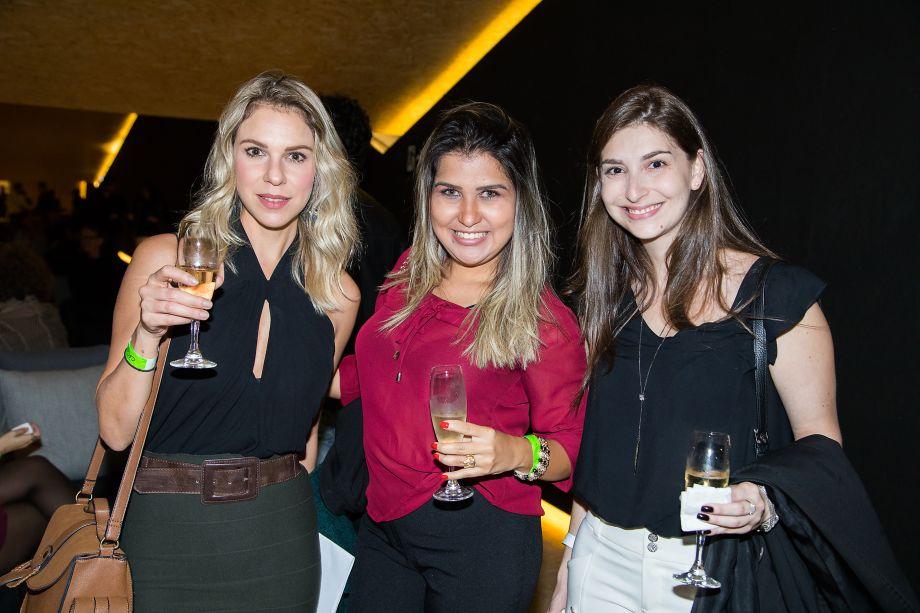 Viviany Toschi, Fabricia Gonçalves e Carolina Almeida