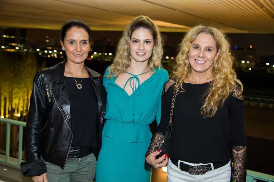 Gabriela Bassi, Indaia da Rocha e Vera Casagrande
