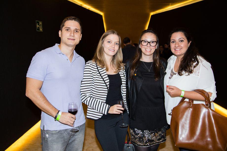 Bruno Quirino, Lais Vinhas, Cris Pradella e Thais Anastacio