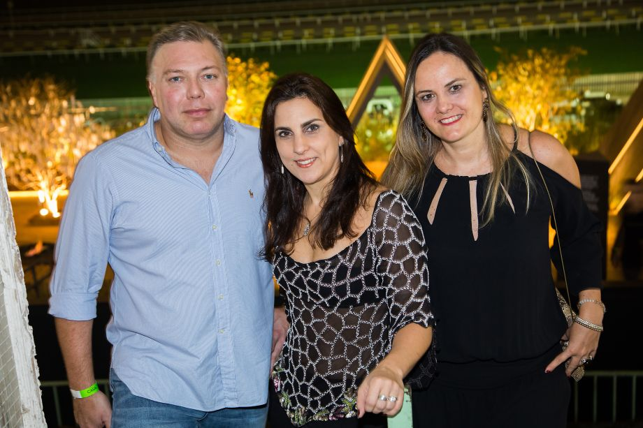 Fabio Camocardi, Cristiane Siviero e Alexandra Carlier