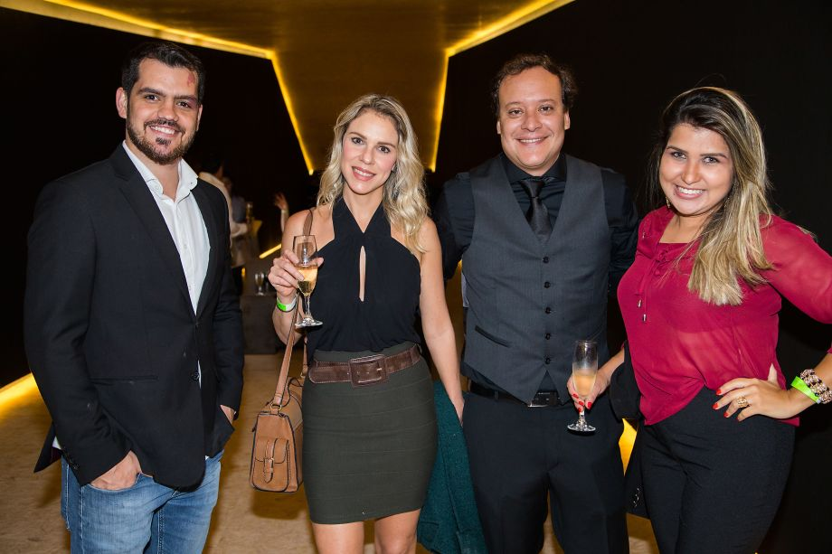Rafael Giatti, Viviany Toschi, Felipe Putz e Fabricia Gonçalves