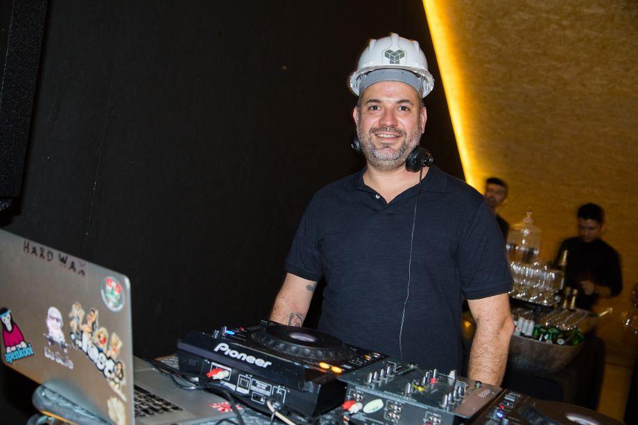 DJ Dudu Galvão