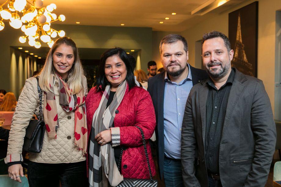 Patricia Hagobian, Fernada Dunelli, Thiago Luposeli e Marcelo Cassettari