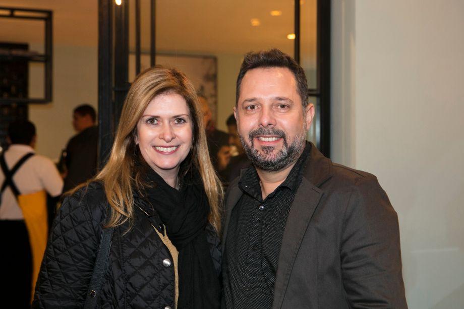 Simone Goltcher e Marcelo Cassettari