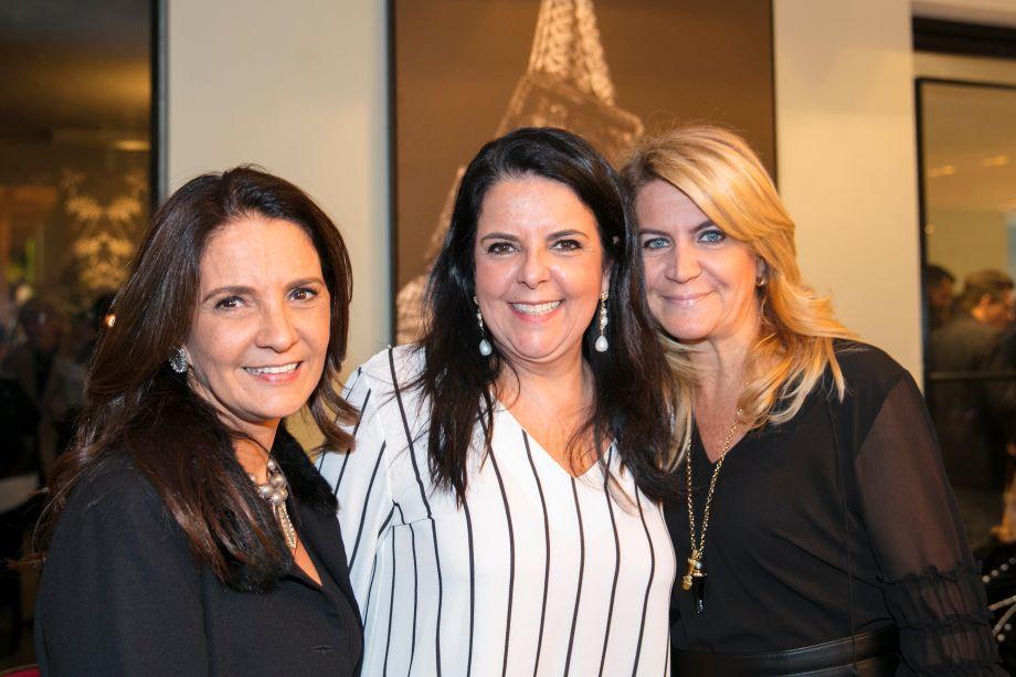 Debora São José, Norah Carnero e Andrea Pilar