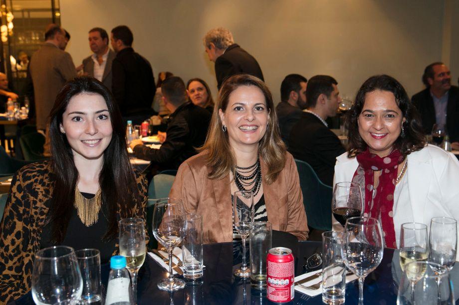 Julia Massini Pinto, Erika Mattos e Maria Cecilia Marcondes