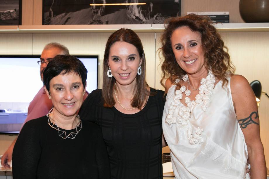 Livia Pedreira, Esther Schattan e Monica Barbosa