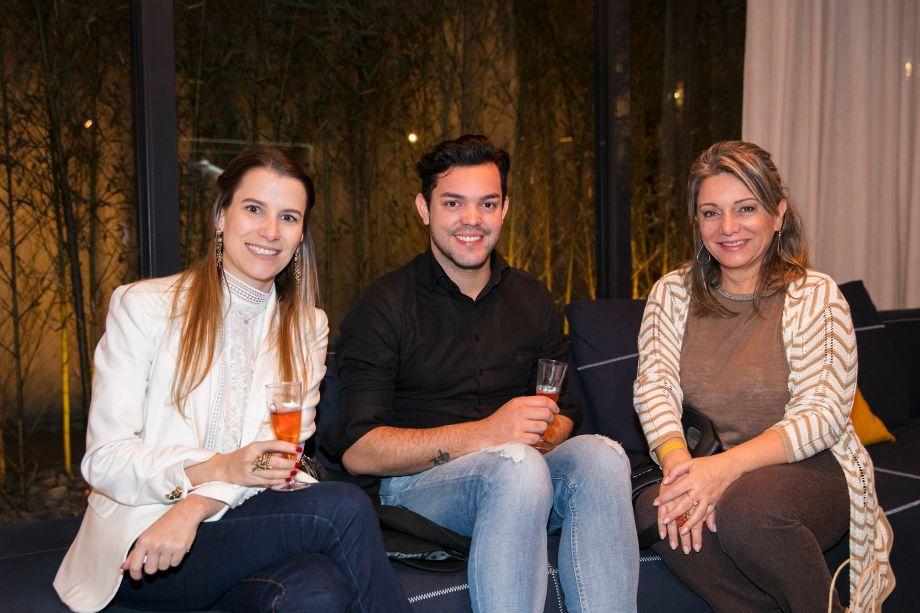 Aline Poulsen, Gustavo Ribeiro e Solange Fernandes