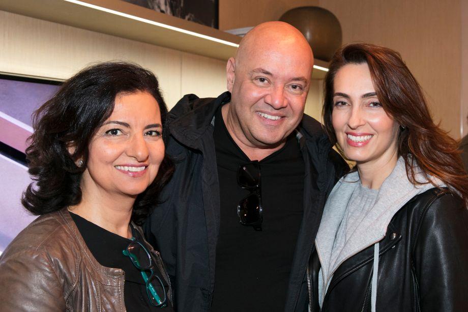 Mari Oglouyan, Gil Cione e Patricia Anastassiadis