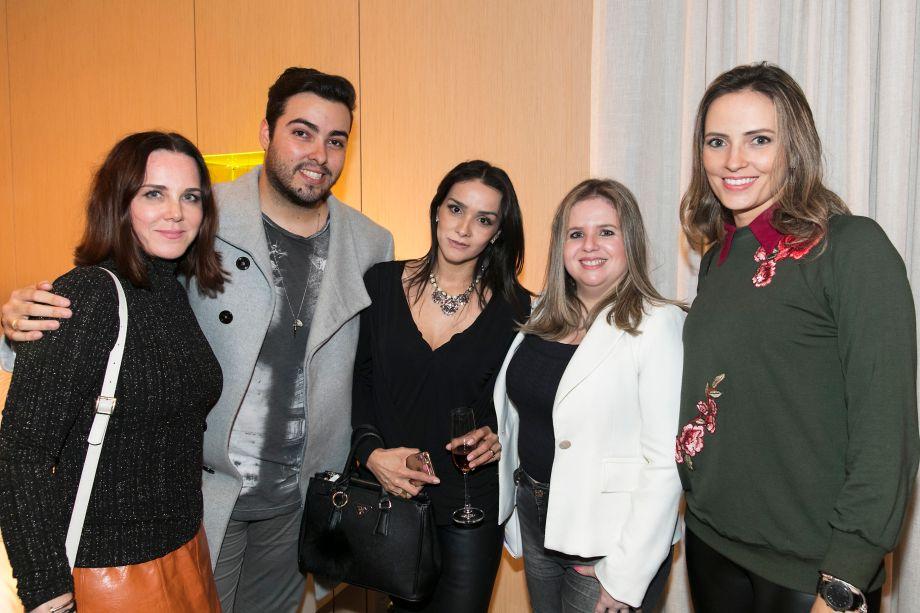 Ana Rozenblit, Marcelo Borges, Katia Lopes, Fabi Vilela e Sabrina Sales