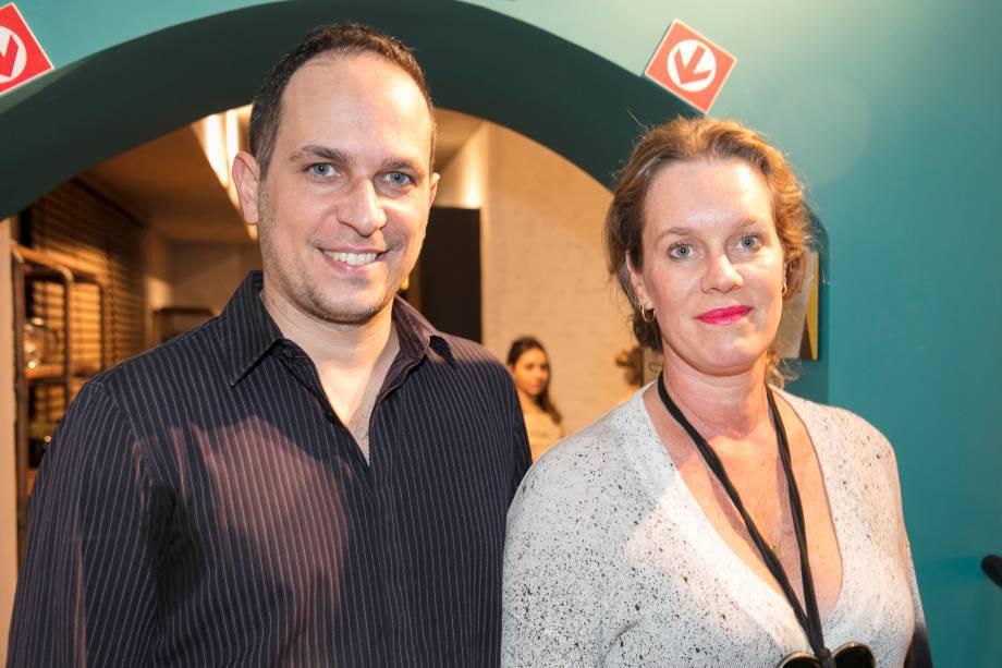 Greghi Junior e Cris Rosenbaum
