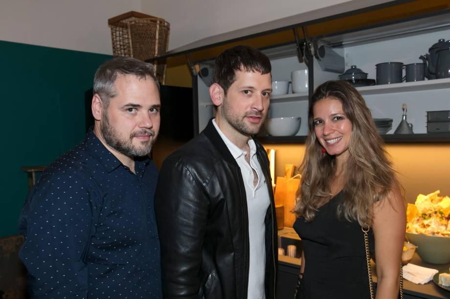 André Rodrigues, Alex Colontonio e Alina Araújo