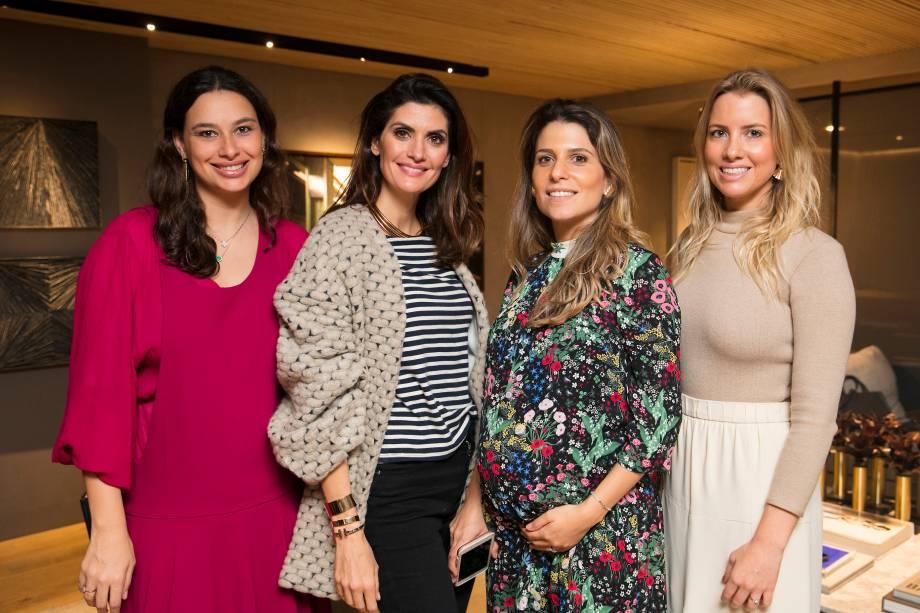 Marina Torre Lobo, Isabella Fiorentino, Adriana Helú e Carolina Oliveira
