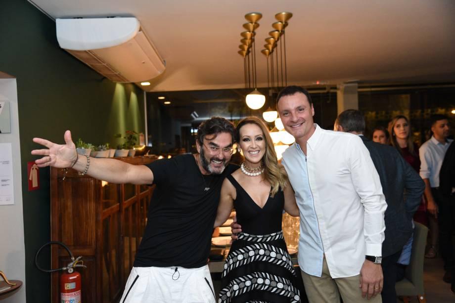 Leo Romano, Keilen Menezes, Marcelo Trento