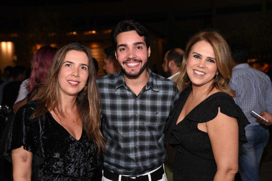 <span>Dandrea Baiocchi , Raphael Santomé e Viviane Gusmão</span>